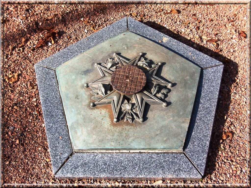 legion-d-honneur-_monument-aux-morts-de-valenciennes