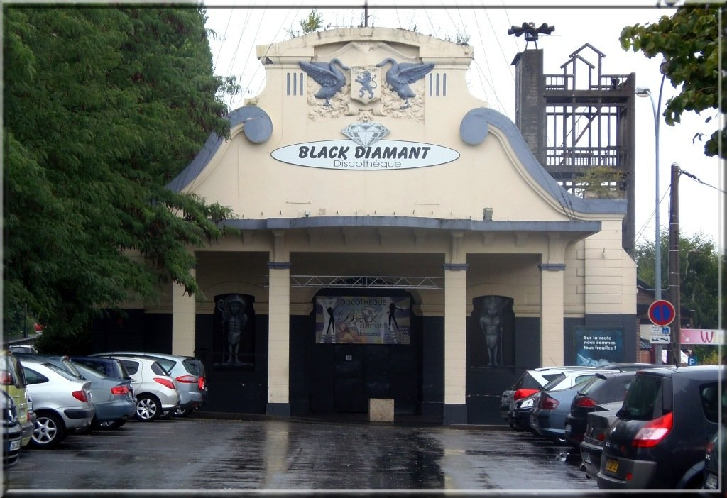 valenciennes-le-black-diamant