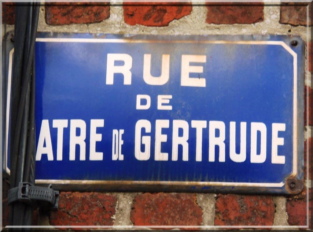 -6-Valenciennes: l'atre de Gertrude et sa légende dans art pa221644