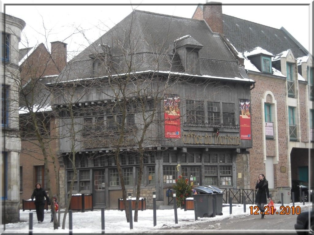 -4-Valenciennes: La rue Askièvre dans architecture valenciennes-maison-scaldienne
